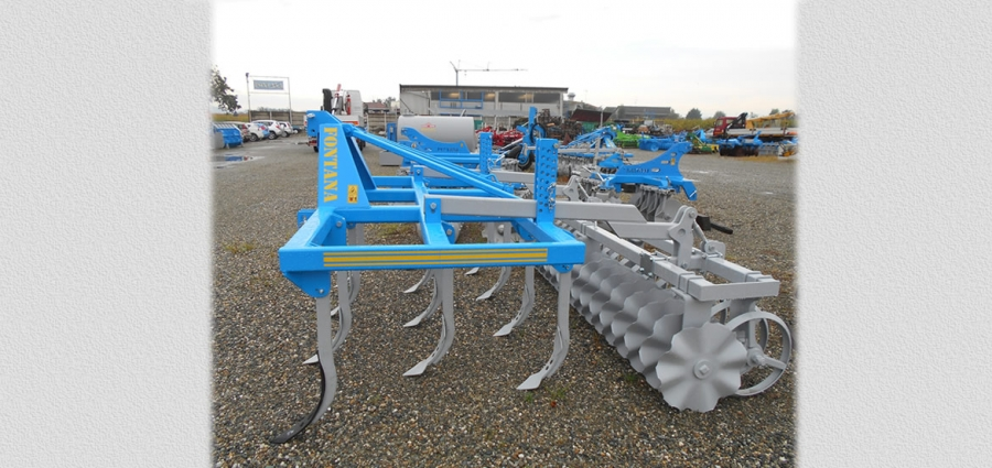 CULTIVATORS SERIES COL-R with stiff adjustable anchors set on 3 rows with safety bolts